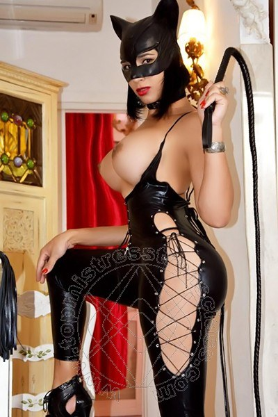 Lady Catwoman  PERUGIA 392 1619600